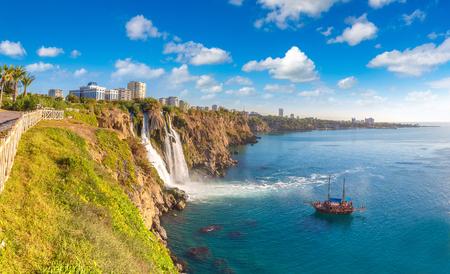 Duden waterfall in Antalya, Turkey in a beautiful summer day 스톡 콘텐츠