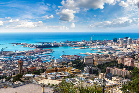 Panoramic view port of Genoa in a summer day, Italy Zdjęcie Seryjne - 89980072