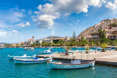 Grécia, Nafplion em um lindo dia de verão Imagens