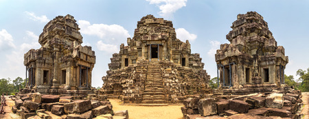 Panorama of Ta Keo temple ruins is Khmer ancient temple in complex Angkor Wat in Siem Reap, Cambodia in a summer day 新聞圖片