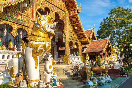 Wat Loi Khro - Buddhists temple in Chiang Mai, Thailand in a summer day 免版税图像