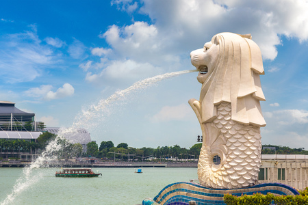 SINGAPORE - JUNE 23, 2018: The Merlion fountain statue - symbol of Singapore at summer day Stock Photo