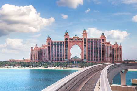 DUBAI, UAE - JUNE 26, 2018: Atlantis, The Palm Hotel in Dubai, United Arab Emirates Redakční