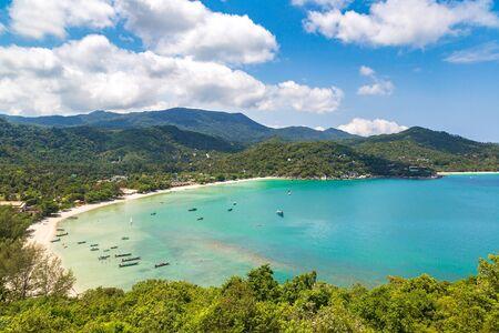 Panoramic view of Ao Thong Nai Pan Noi beach on Koh Phangan island, Thailand in a summer day 스톡 콘텐츠