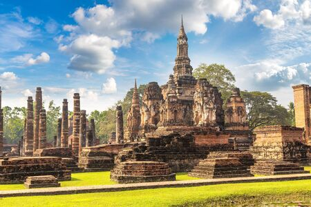 Sukhothai historical park, Thailand in a summer day 免版税图像