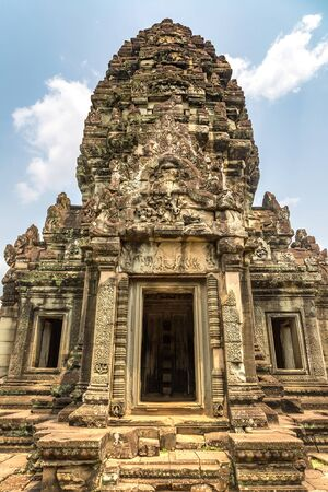 Banteay Samre temple in complex Angkor Wat in Siem Reap, Cambodia in a summer day 免版税图像