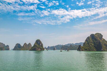 World natural heritage Halong bay, Vietnam in a summer day Reklamní fotografie