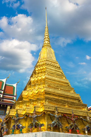 Grand Palace and Wat Phra Kaew (Temple of the Emerald Buddha) in Bangkok in a summer day Redakční