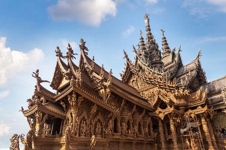 Sanctuary of Truth in Pattaya, Thailand in a summer day Redakční