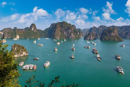 Panoramic aerial view of Halong bay, Vietnam in a summer day Foto de archivo