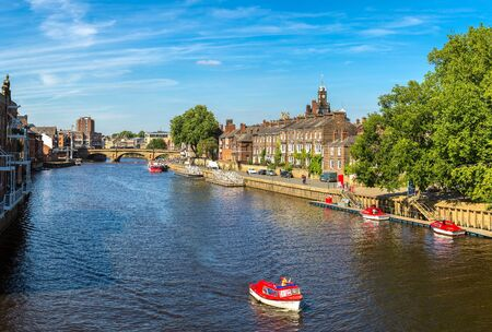 Panorama of River Ouse in York in North Yorkshire in a beautiful summer day, England, United Kingdom Foto de archivo