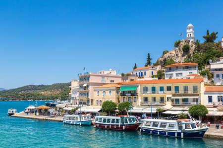 POROS, GREECE - JULY 19, 2015: Poros island in a summer day in Greece Редакционное