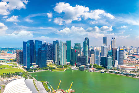 Panoramic aerial view of Singapore in a summer day Banque d'images