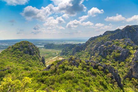 Panoramic aerial view of Khao Sam Roi Yot National Park, Thailand in a summer day Banque d'images