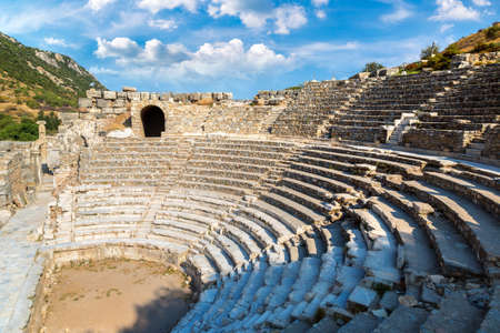 Odeon - small theater in ancient city Ephesus, Turkey in a beautiful summer day Banque d'images