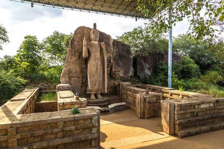Buddha Statue in Avukana temple (Aukana temple) in Sri Lanka Banco de Imagens