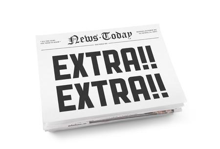 periodicos: Una pila de peri�dicos con titulares. Aislado en blanco. Foto de archivo