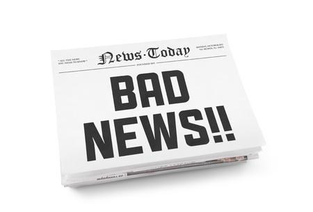 흰색에 고립 앞 페이지 헤드 라인 나쁜 소식 신문의 스택 스톡 콘텐츠