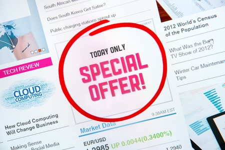 Internet advertisement with text  SPECIAL OFFER  and red circle selection around Stock Photo - 17851862