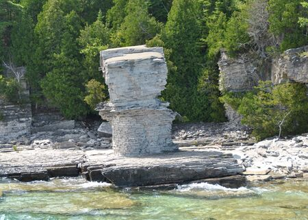 Rock Formations at the Coast, Flowerpot Island, Georgian Bay, Tobermory, Ontario, Canada Imagens