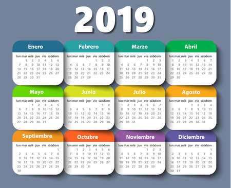 Calendar 2018 year vector design template in Spanish.