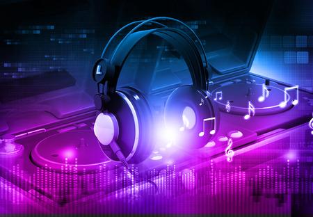 party dj: Mezclador de DJ con los auriculares, fondo de fiesta de Dj