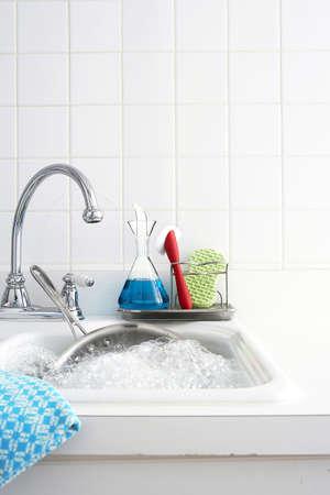 lavare piatti: impostazione di coperta, lavello
