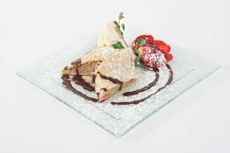 aliments: Strudel - dessert sucr� sur une plaque