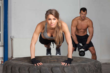 crossfit: Push up on a tire crossfit training