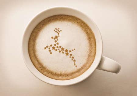 capuchino: renos de Navidad dibujo en Copa de arte caf� latte