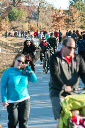 recreational area: Atlanta, GA USA - December 5, 2015:  Dozens of people walk, run and bike along the Atlanta Beltline recreational area in the Old Fourth Ward on December 5, 2015 in Atlanta, GA. Editorial