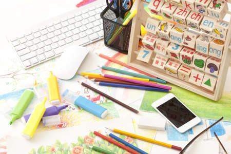 Illustration stationery on office desk LANG_EVOIMAGES