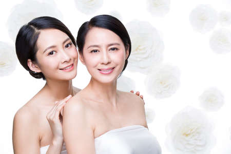 flower head: Mother and daughter enjoying beauty treatment
