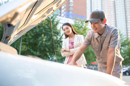 class maintenance: Auto mechanic and car owner
