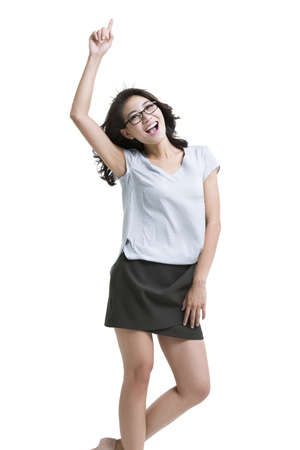 Happy young woman having a good idea LANG_EVOIMAGES