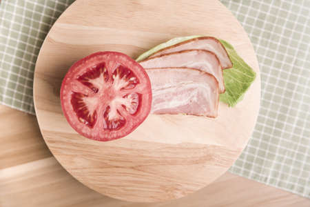luncheon: Tomato and luncheon meat