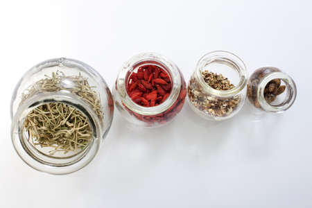 chinese wolfberry: Chinese Medicine in Jars LANG_EVOIMAGES
