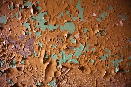古い破壊されたカラフルなペンキは壁に。 写真素材