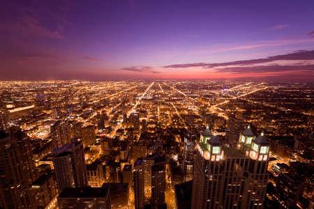 夜にシカゴ 写真素材