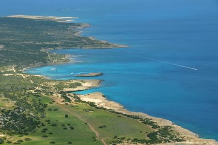 blue lagoon: vista di un mare spettacolare nel nord di Cipro Archivio Fotografico