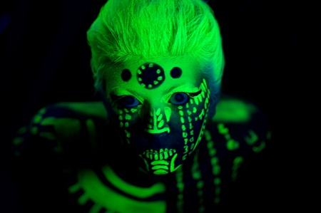 ultraviolet: Neon girl