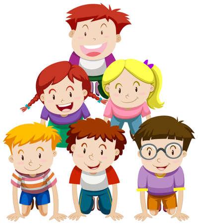 piramide humana: Los niños que juegan el ejemplo pirámide humana
