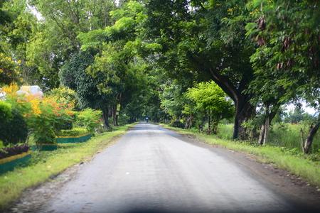 inle: Myanmars Inle village road