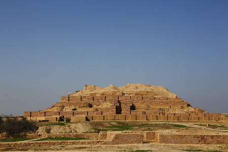 Iran ruins scenery