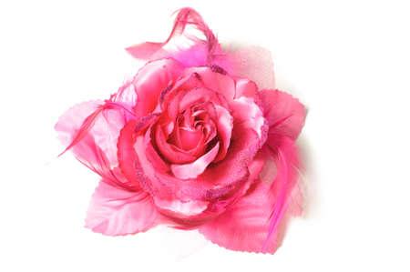 Een bloem haar clip voor vrouwen op geïsoleerde witte achtergrond.