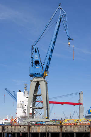 Loading crane photo