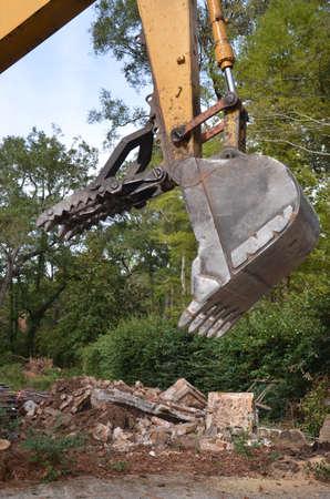 Feche acima de uma garra construção bulldozer