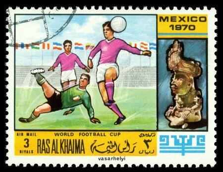 khaima: RAS AL KHAIMA - CIRCA 1970  a stamp printed by  RAS  AL KHAIMA  shows game in football  World  football cup in Mexico, circa 1970 Editorial