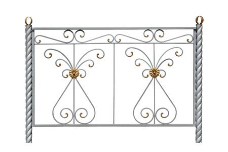 escarapelas: Cerca decorativa con rosetas en un estilo antiguo. Aislado sobre fondo blanco.