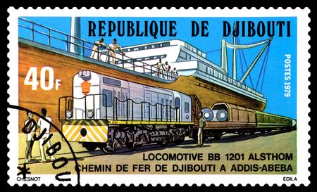 poststempel: Stawropol, Russland - 28. November 2016: Ein Stempel in Dschibuti gedruckt zeigt Diesellokomotive BR 110, circa 1979 Editorial